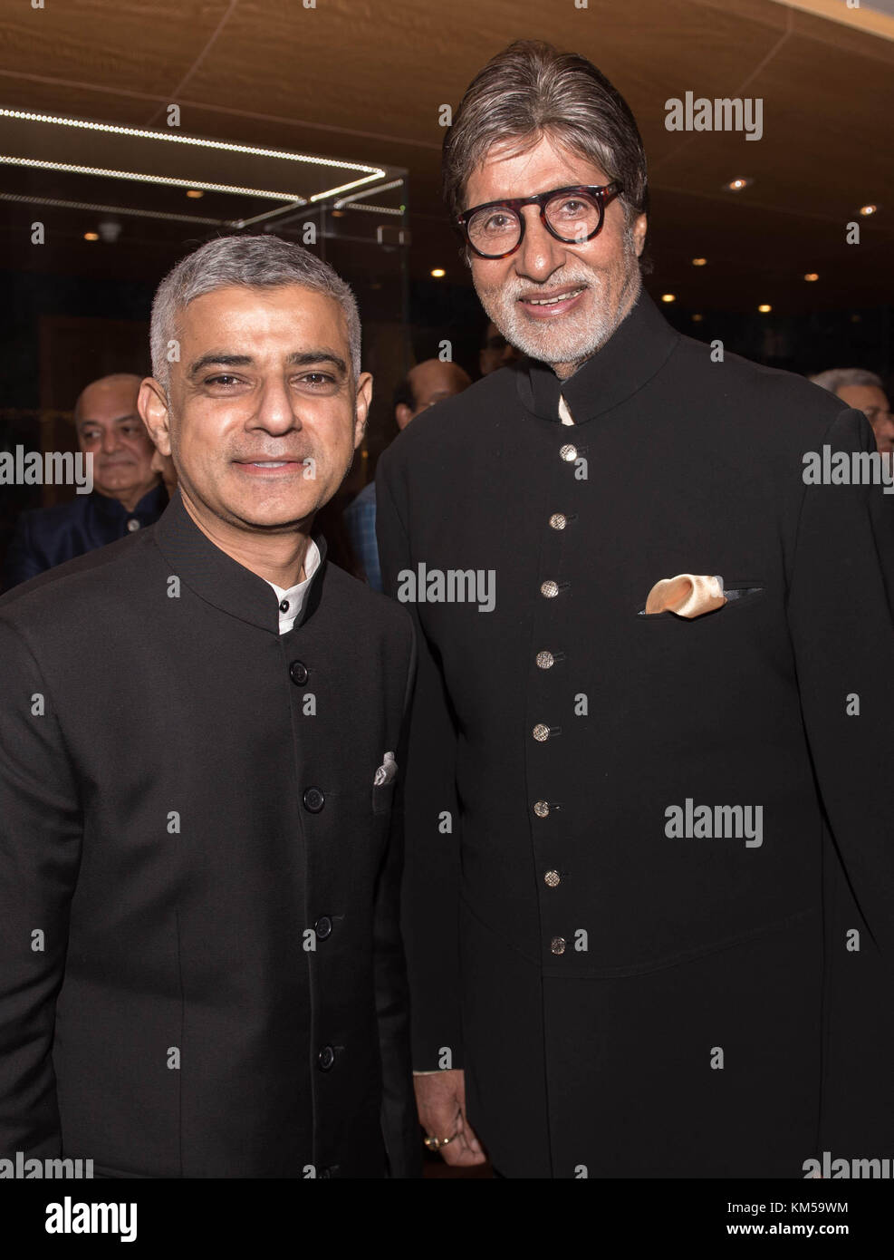 RETRANSMITTED CORRECTING SURNAME FROM BACH TO BACHCHAN Mayor of London Sadiq Khan meets Bollywood film actor and - Stock Image