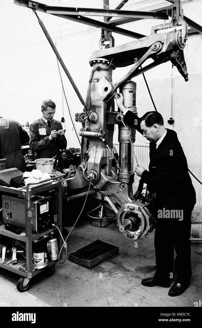 Maintenance and overhaul at Arlanda airport 1966 03 30. Interior of of enginering work shop (3) Stock Photo