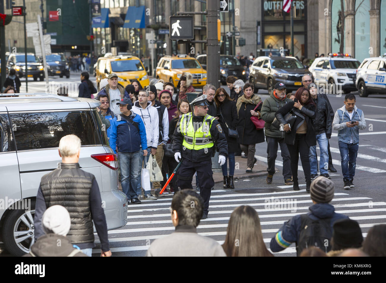 Crowds of tourists and shoppers at the corner of 42nd Street and 5th Avenue during the Black Friday Thanksgiving Stock Photo