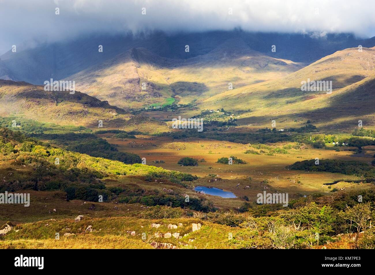 West over hill farms at the head of the valley of the Owenreagh River above the Lakes of Killarney, County Kerry, - Stock Image