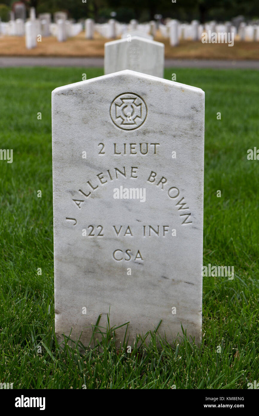 Grave of a Confederate soldier located beside the Confederate Memorial, Arlington Cemetery, Virginia, United States. - Stock Image