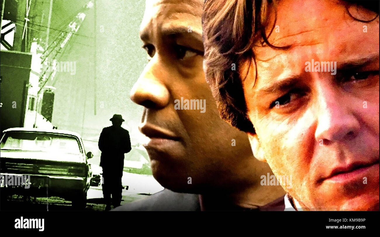 AMERICAN GANGSTER 2007 Universal Pictures film with Denzel Washington at left and Russell Crowe - Stock Image