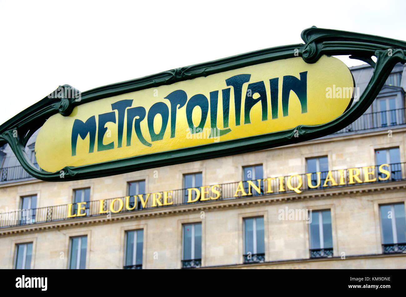 Paris, France. Metro sign - Palais Royal / Musee du Louvre in Place du Palais Royal - Stock Image
