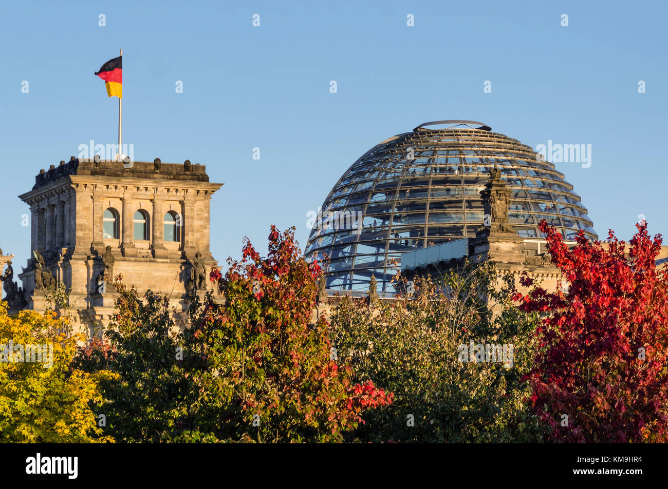 Reichtagsgebaeude, Kuppel, Herbst, Berlin - Stock Image