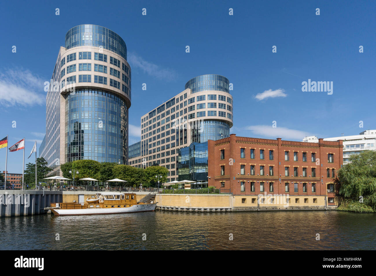 Spreebogen, River Spree / Alt Moabit with Federal Ministry of the Interior, - Stock Image
