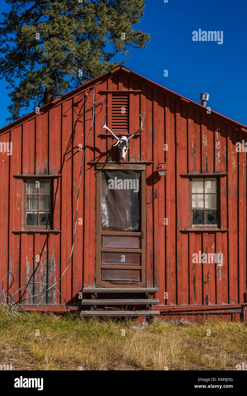 Board And Batten Siding High Resolution Stock Photography And Images Alamy