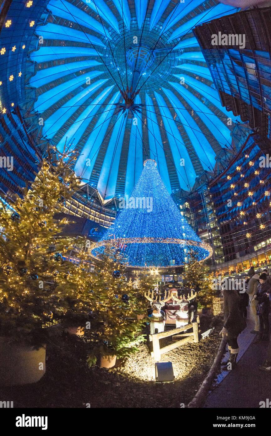 Christmas market at Sony Center, Potsdamer Platz, Berlin - Stock Image