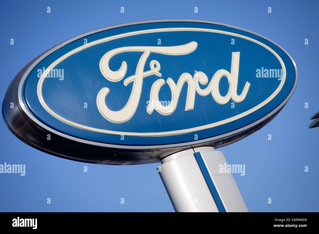 San Diego Ford Dealers >> Ford Logo At Kearny Pearson Ford Car Dealer In Kearny Mesa