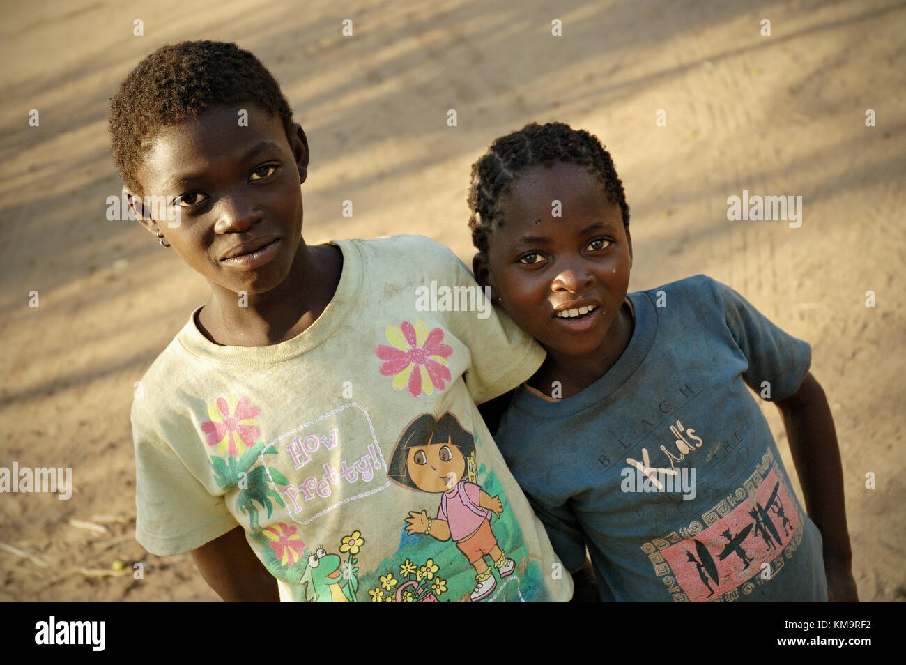 Two girls in Kawaza village, Eastern Province, Zambia - Stock Image