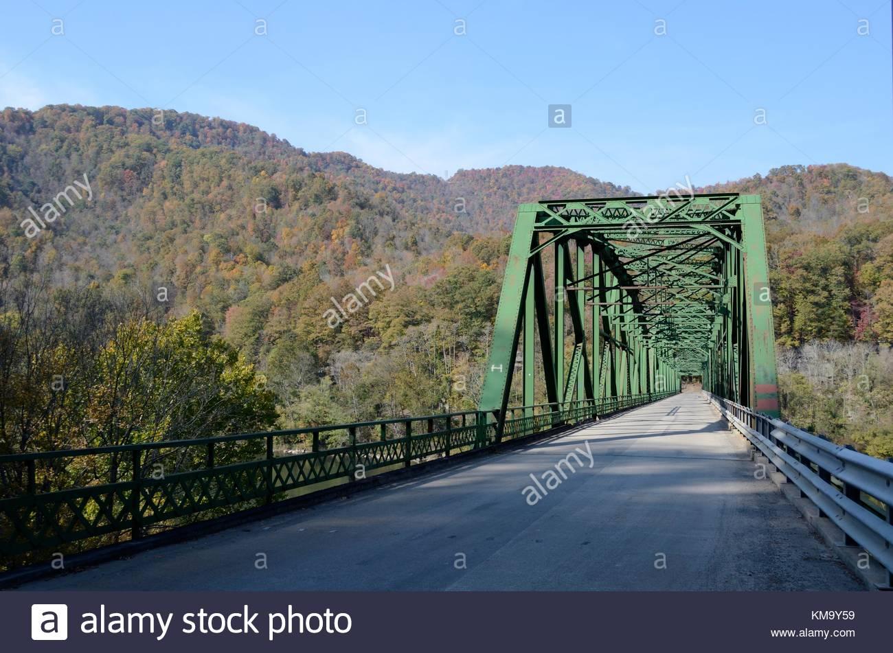 Historic Kanawha Falls Bridge - a triple span Pennsylvania Truss Bridge over the Kanawha River in West Virginia. Stock Photo