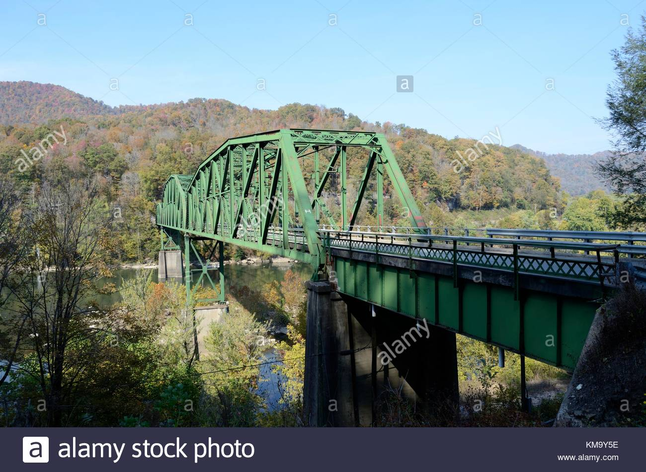 The Historic Kanawha Falls Bridge - a triple span Pennsylvania Truss Bridge over the Kanawha River in West Virginia. Stock Photo