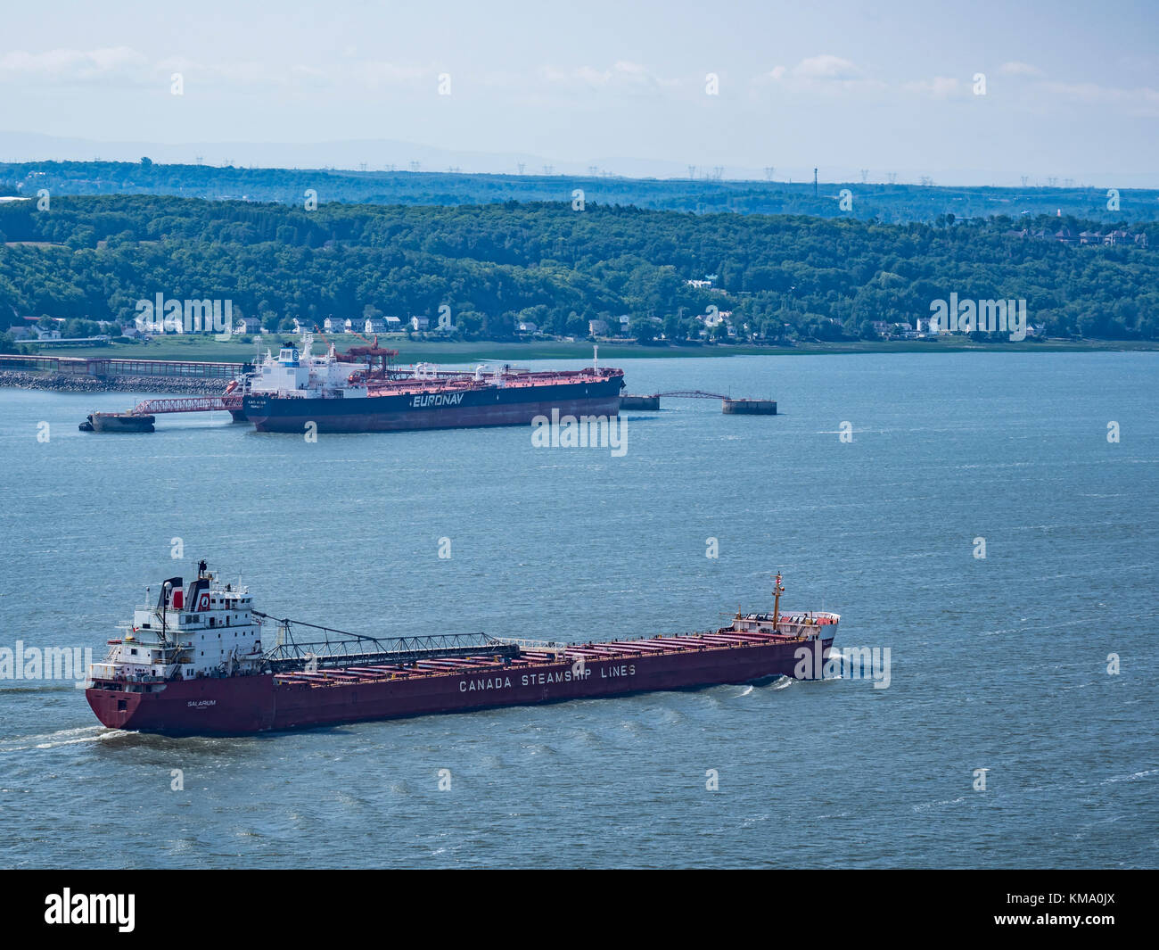 Cargo ship on the Saint Lawrence River, Quebec City, Canada. - Stock Image