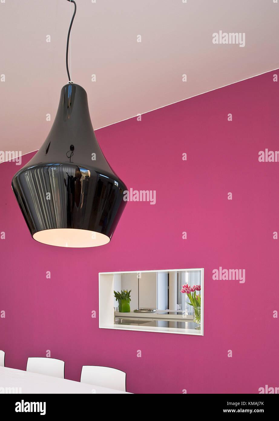 Einfamilienhaus in Hannover, modern, Design, lila, speziell, Durchblick - Stock Image