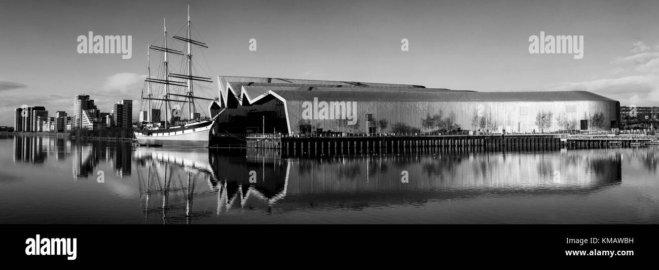 A view of the River Clyde, which includes the Tall Ship and the Riverside Museum. - Stock Image