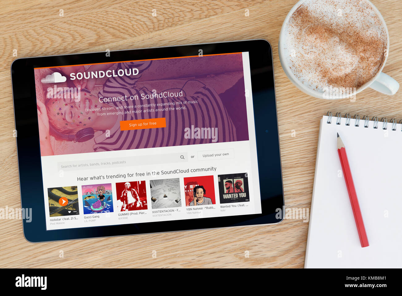 Soundcloud Stock Photos & Soundcloud Stock Images - Alamy