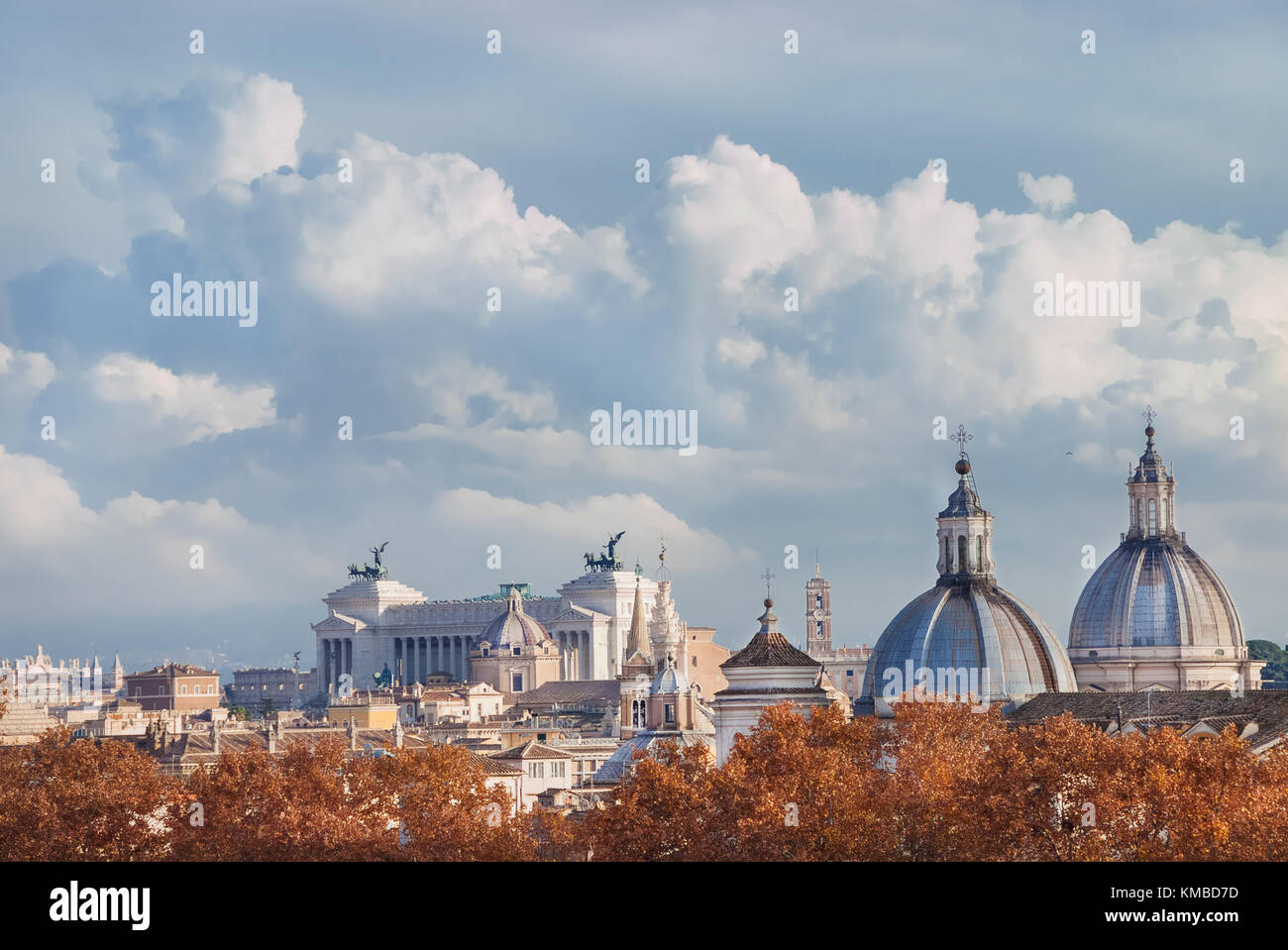 Rome historic center autumn or winter skyline view, with beautiful clouds - Stock Image