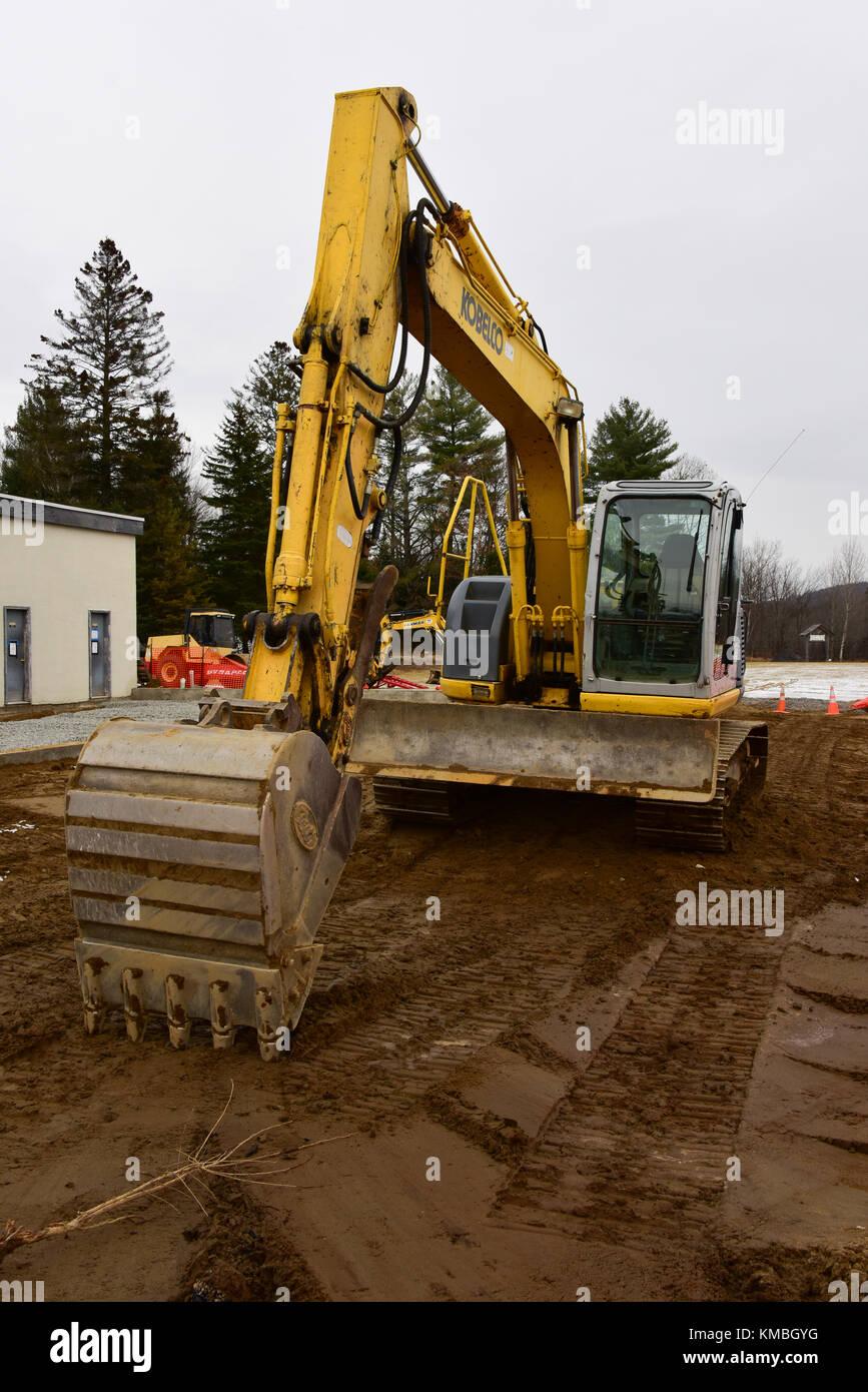 Kobelco Excavator Stock Photos & Kobelco Excavator Stock
