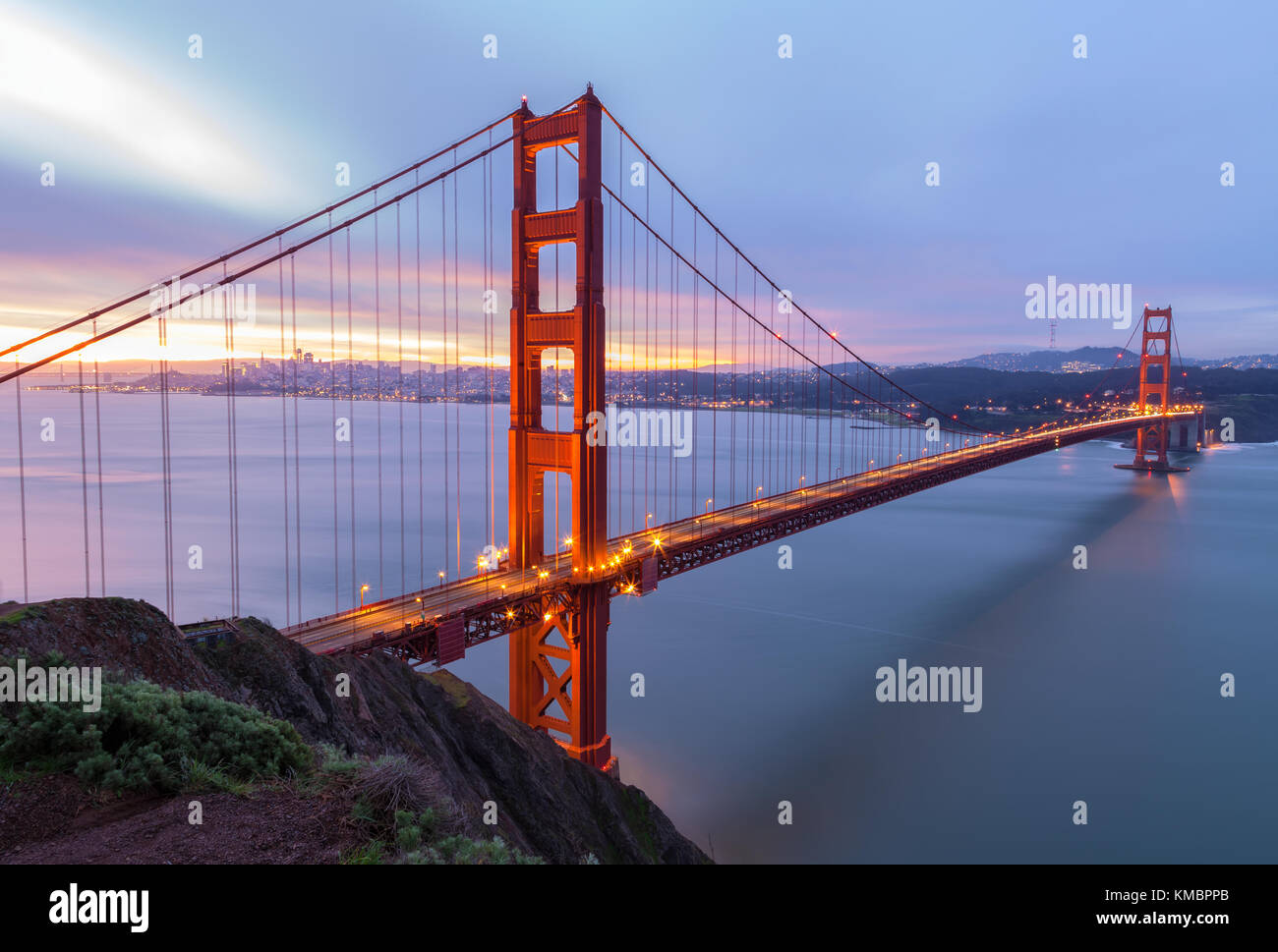 Golden Gate Bridge and the San Francisco Bay, California, United States, at dawn. - Stock Image