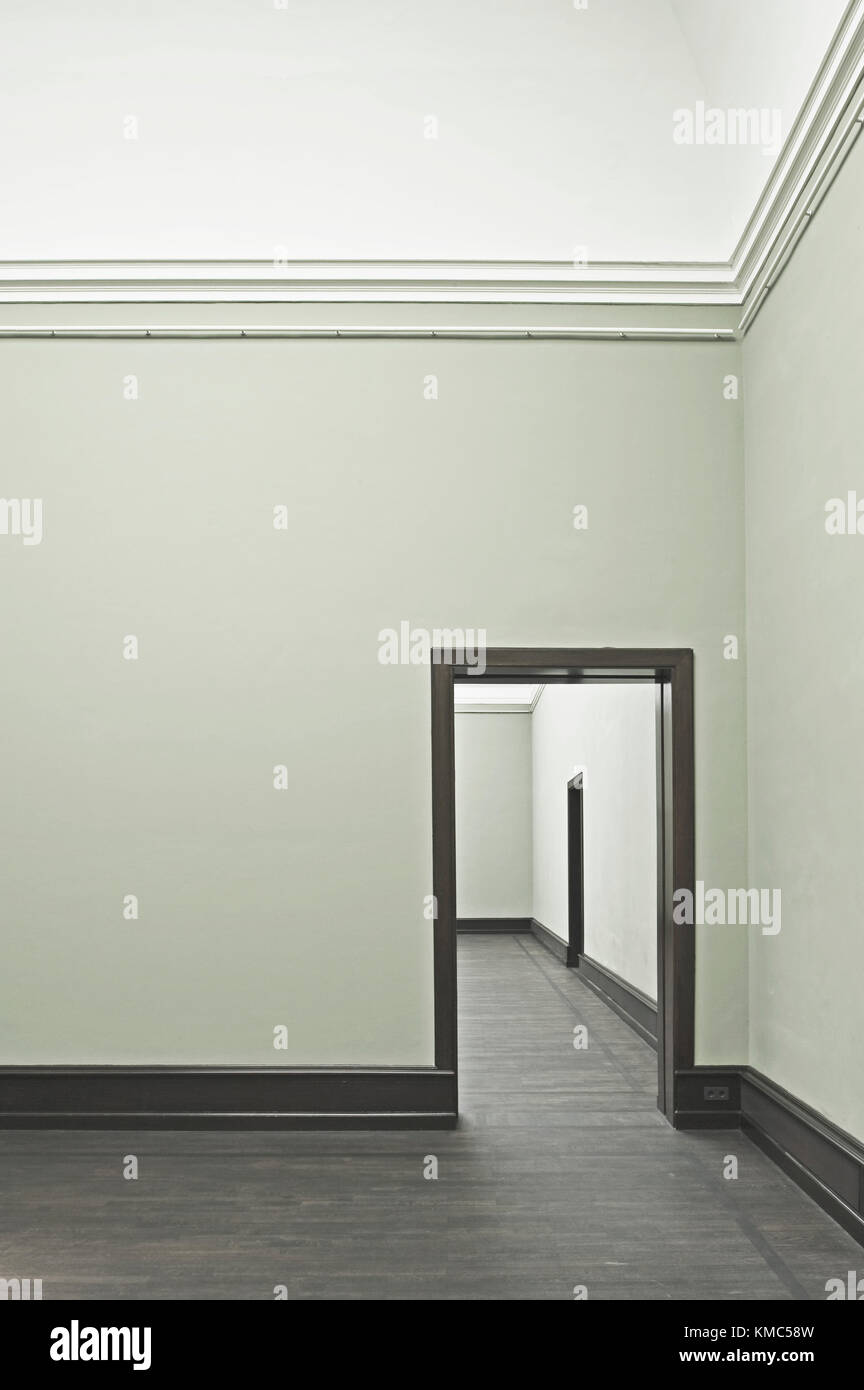 Empty Exhibit Hall Stock Photos & Empty Exhibit Hall Stock Images ...
