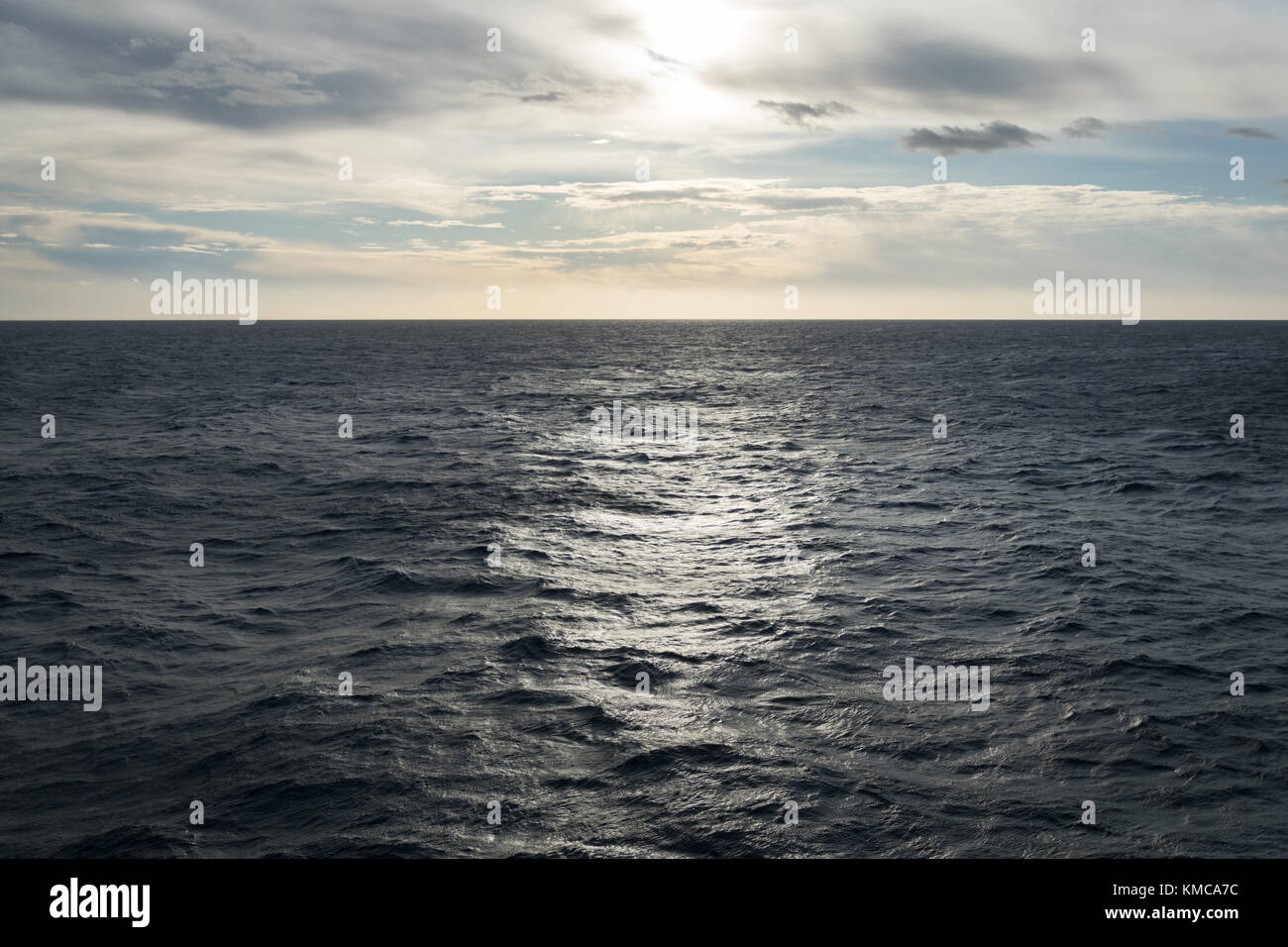 Open water and the sun - Stock Image