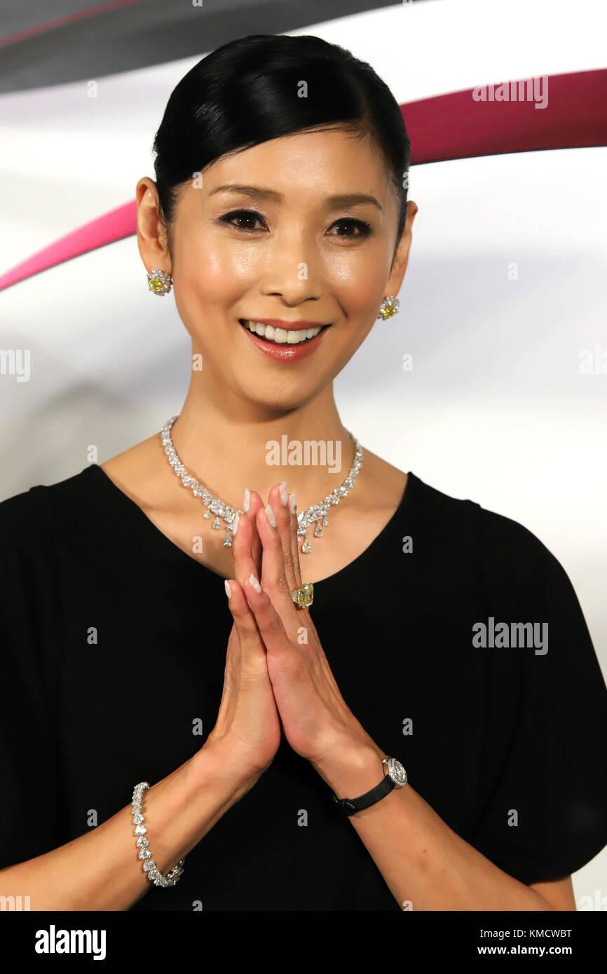 Diamond Necklace Actress Stock Photos Amp Diamond Necklace