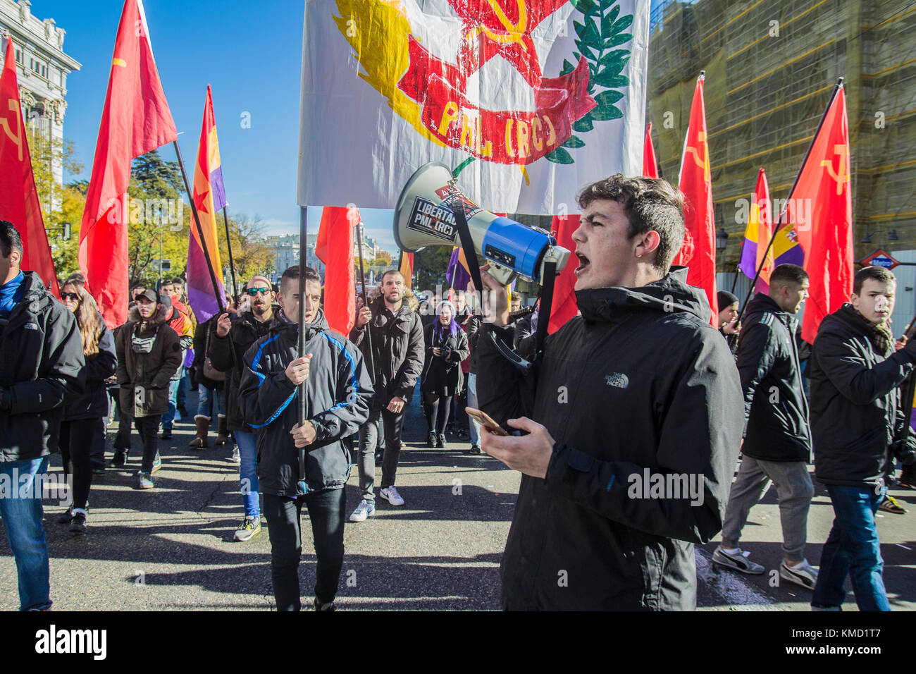 Madrid, Spain. 06th Dec, 2017. Madrid 6 december 2017 left wing republican spanish demonstrators against the king - Stock Image