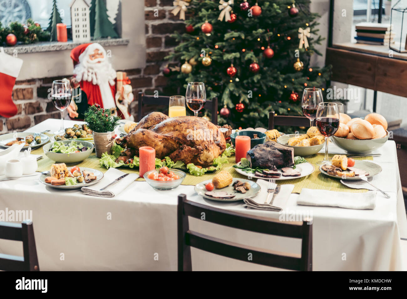 christmas table - Stock Image