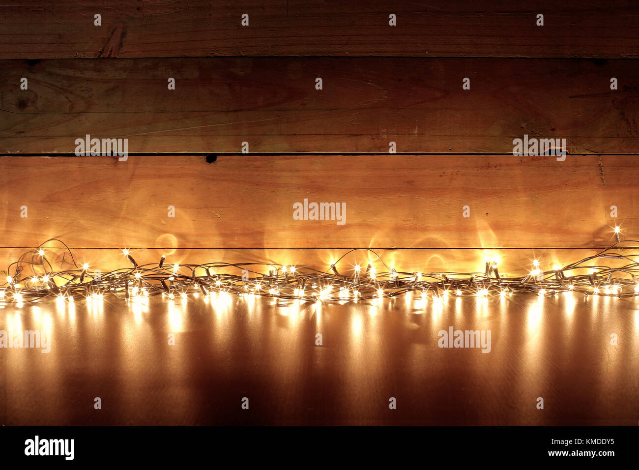 hot sale online 5723a 9748a Fairy Lights on Wooden Background Stock Photo: 167482761 - Alamy