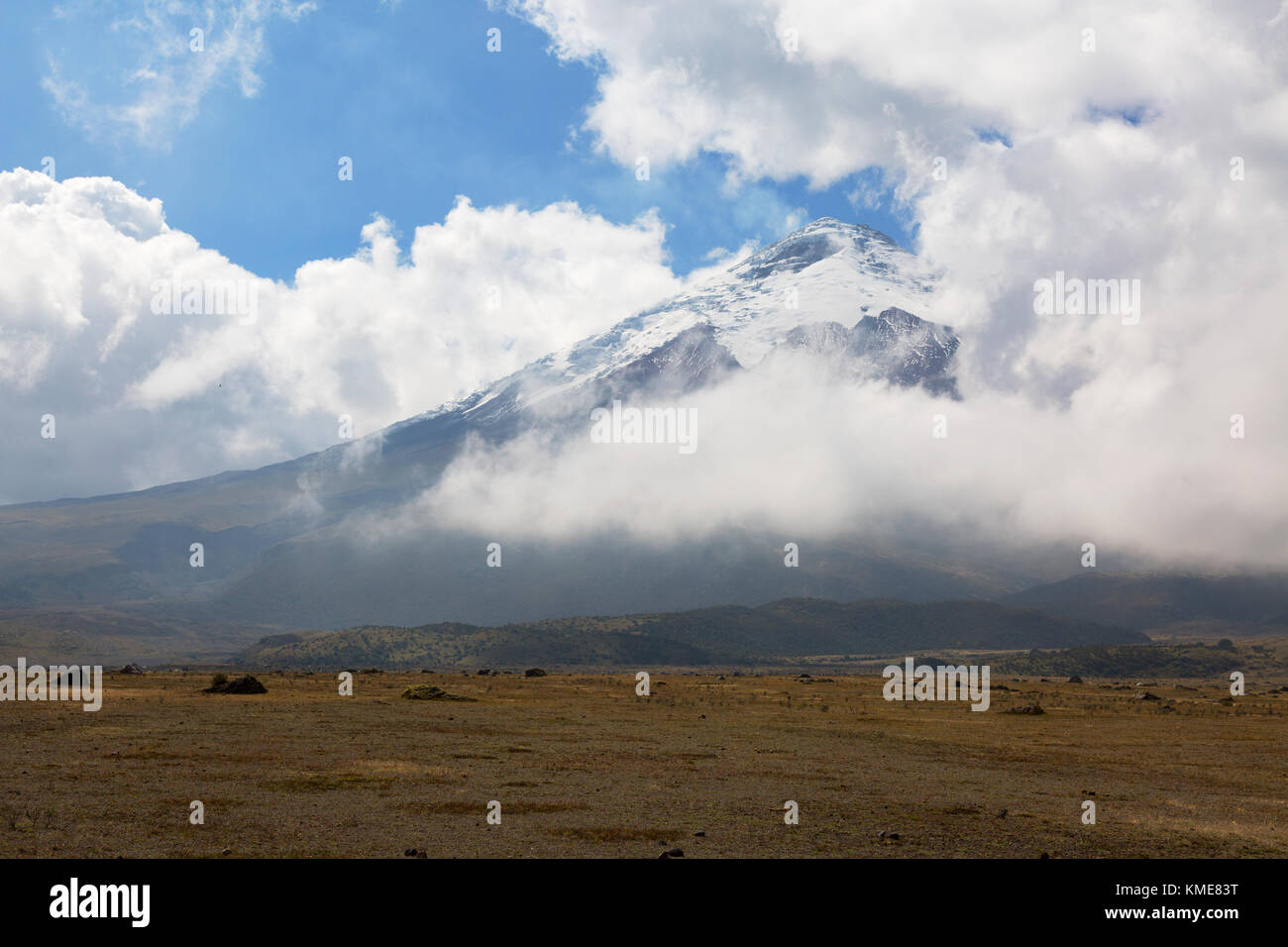 Mount Cotopaxi volcano, Cotopaxi National Park, Ecuador, South America - Stock Image