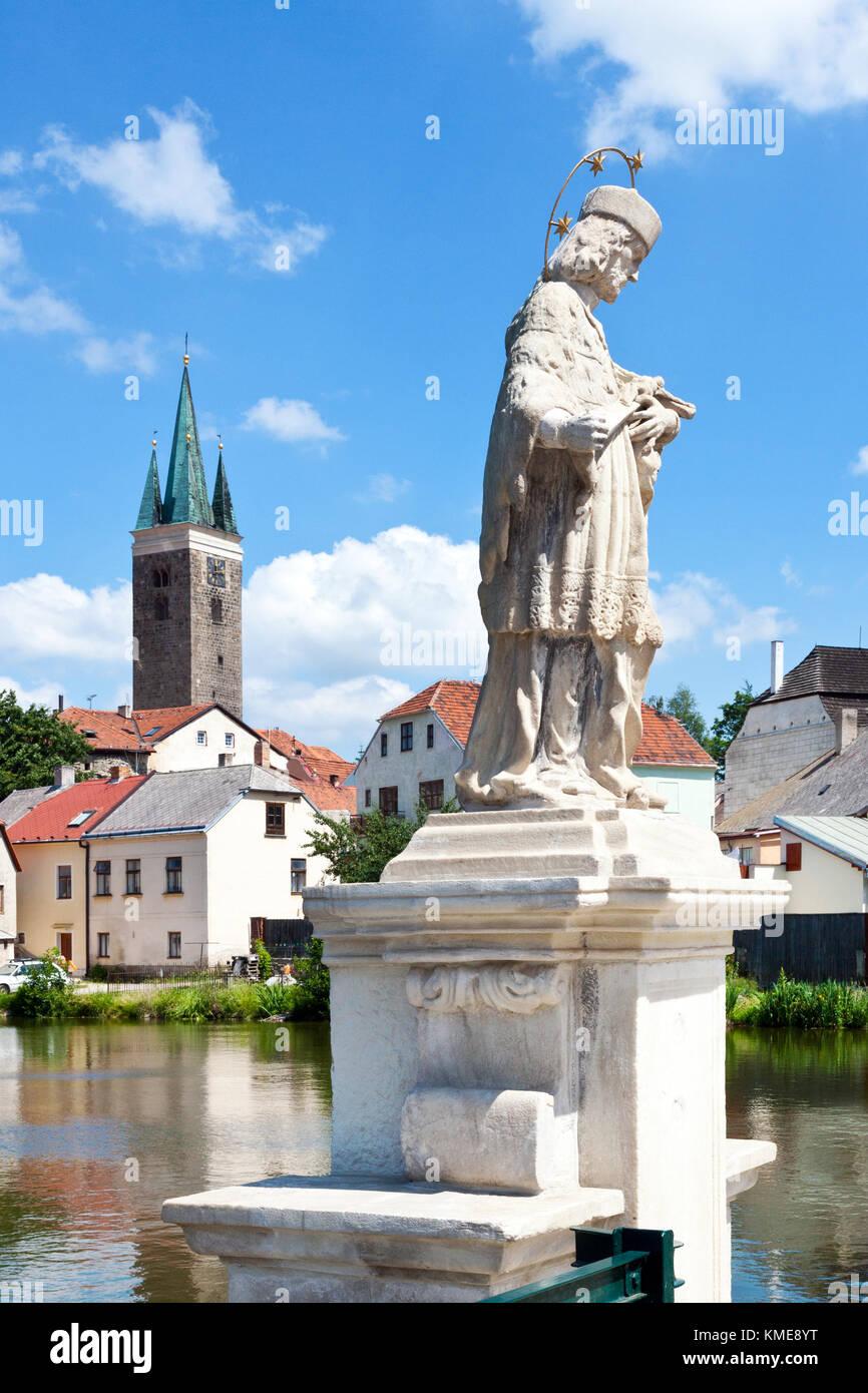 historické centrum přes Telčský rybník, Telč (UNESCO), Kraj Vysočina, Česka republika / historical center,Telc (UNESCO), Stock Photo