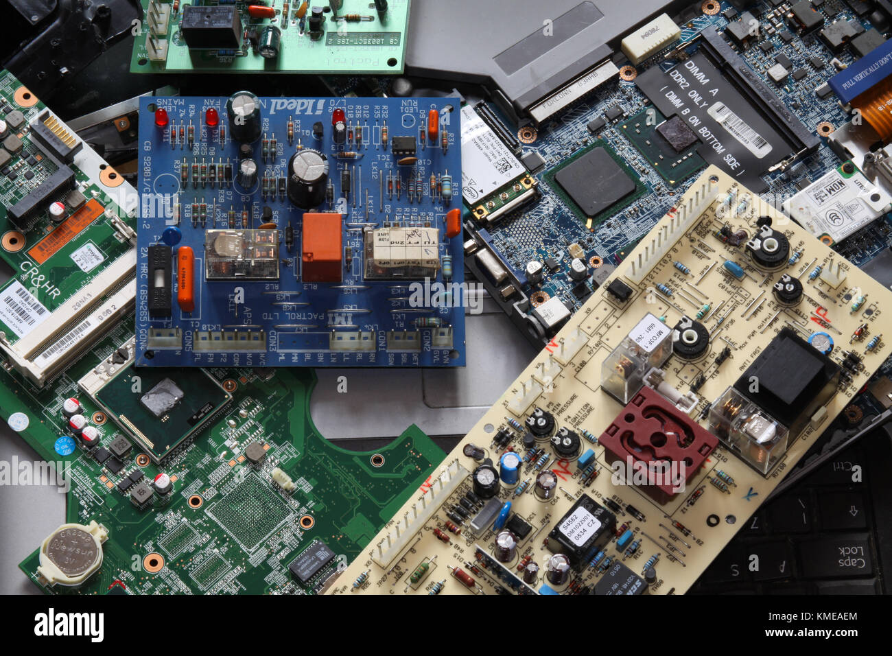 E Scrap Stock Photos Images Alamy Cell Phone Circuit Boards Motherboards Lot Of 9 Escrap Supplies For Waste And Computers Uk Image