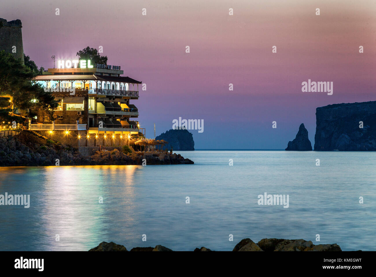 A long exposure of a beach hotel near Pylos in Greece's southern Messenia Region.This hotel is located atop - Stock Image