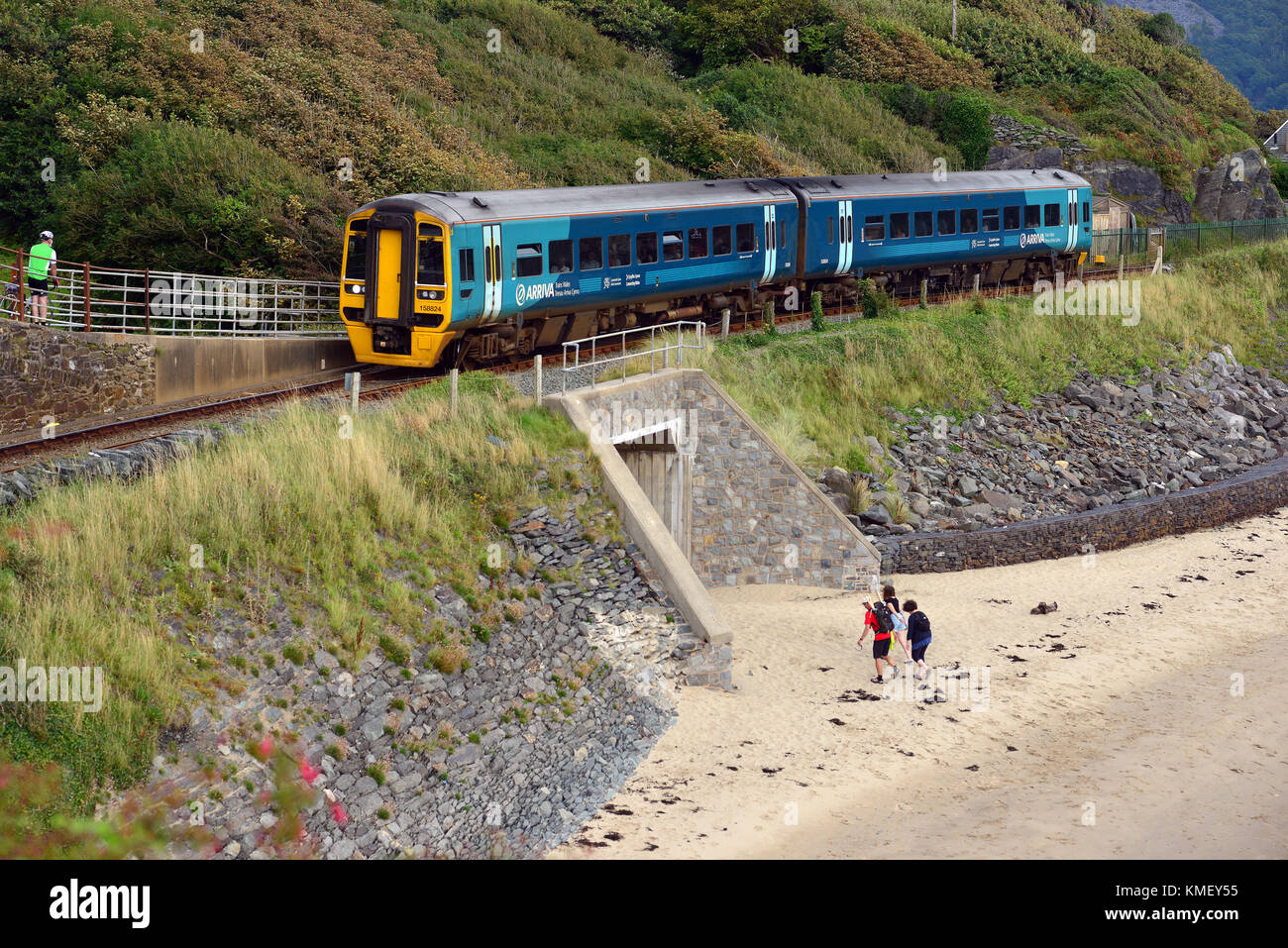 Railway bridge over the Afon Mawddach at Barmouth, Gwynedd, Wales, UK Stock Photo