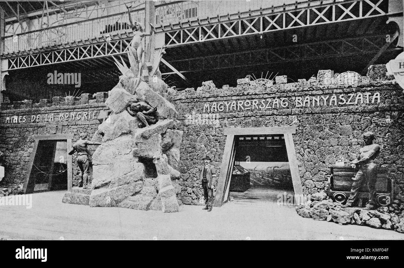 Hungary Pavilion, Universal Exhibition 1900 in Paris, Picture from the French weekly newspaper l'Illustration, 21th Stock Photo