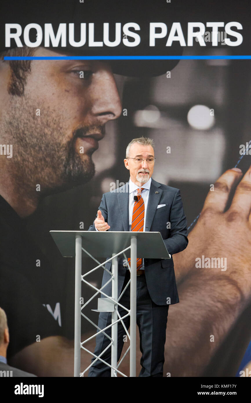Romulus, Michigan - Pietro Gorlier, Head of Parts and Service for Fiat Chrysler Automobiles, speaks at the opening Stock Photo