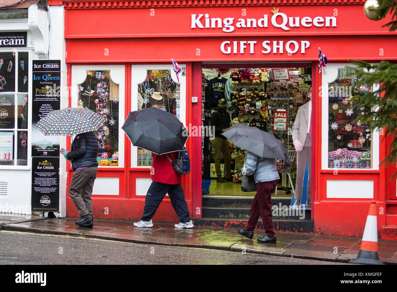 Windsor, UK, 7th December, 2017  Visitors to Windsor Castle
