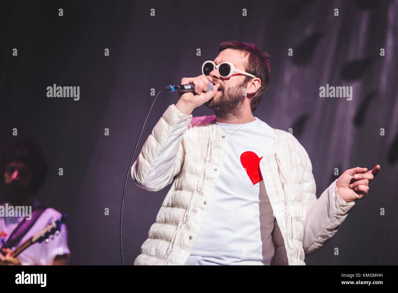Leeds, UK. December 7, 2017 - Tom Meighan of the British Indie Rock ...