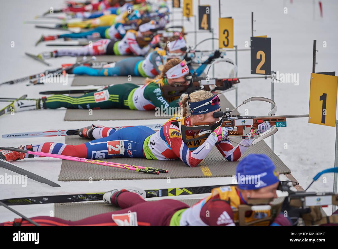 Lenzerheide, Switzerland. 8th Dec, 2017. Ladies shooting during the IBU Biathlon Cup Mixed Relay in Lenzerheide. - Stock Image