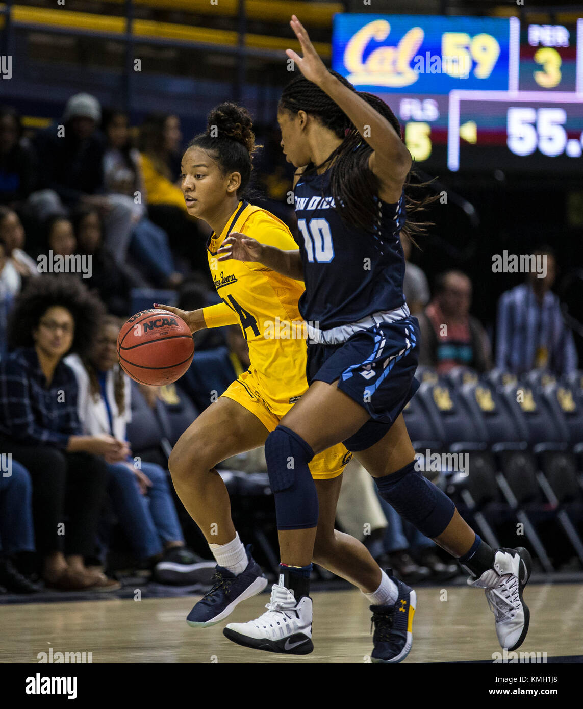 Dec 07 2017 Berkeley CA U.S.A.California guard Kianna Smith (14) game stats scored 8 points, 7 assist and 2 rebounds - Stock Image