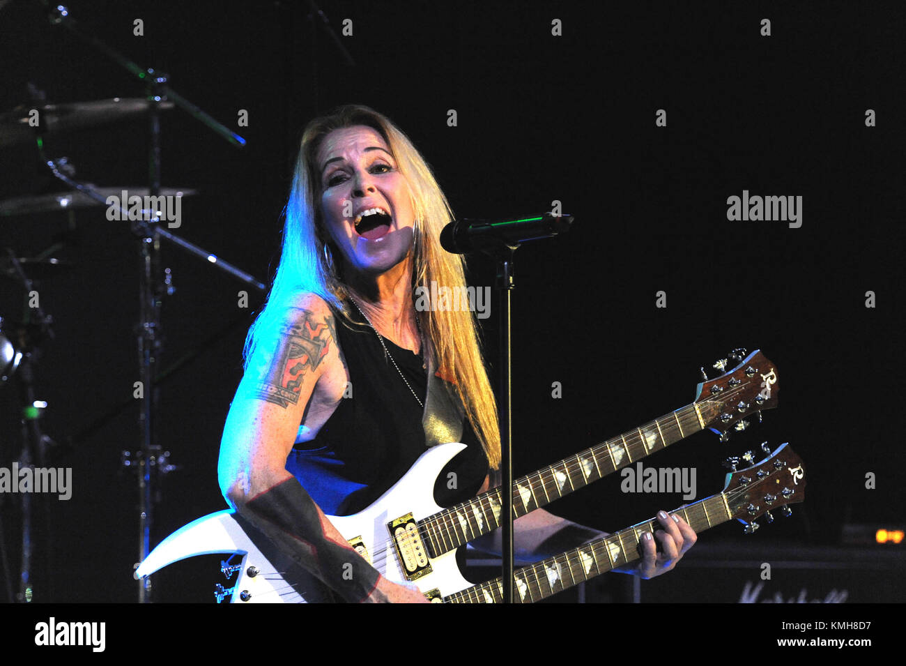 Lombard Illinois December Lita Ford Performing At The House Alamy Com