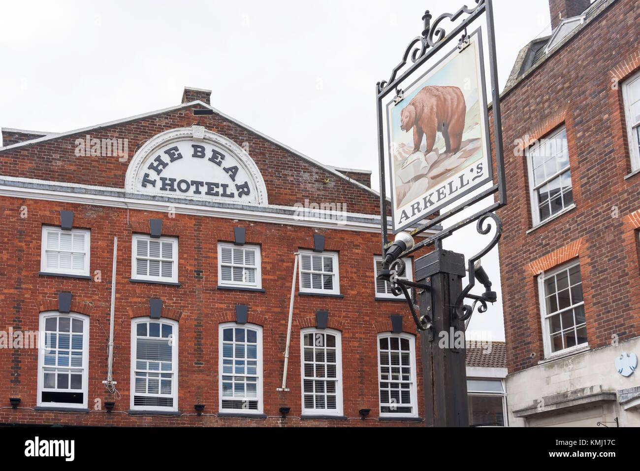 16th century The Bear Hotel, Market Place, Wantage, Oxfordshire, England, United Kingdom - Stock Image