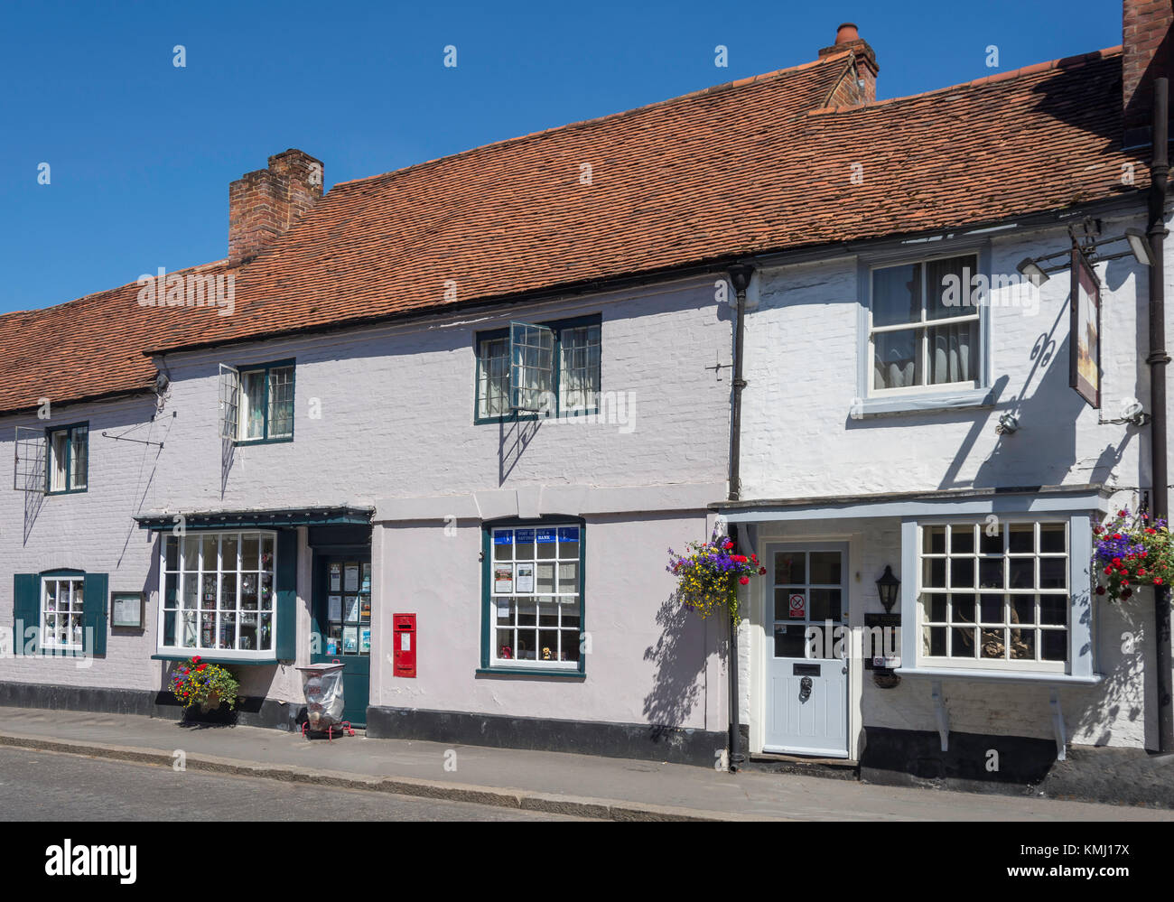 The Plough Inn, High Street, West Wycombe, Buckinghamshire, England, United Kingdom - Stock Image