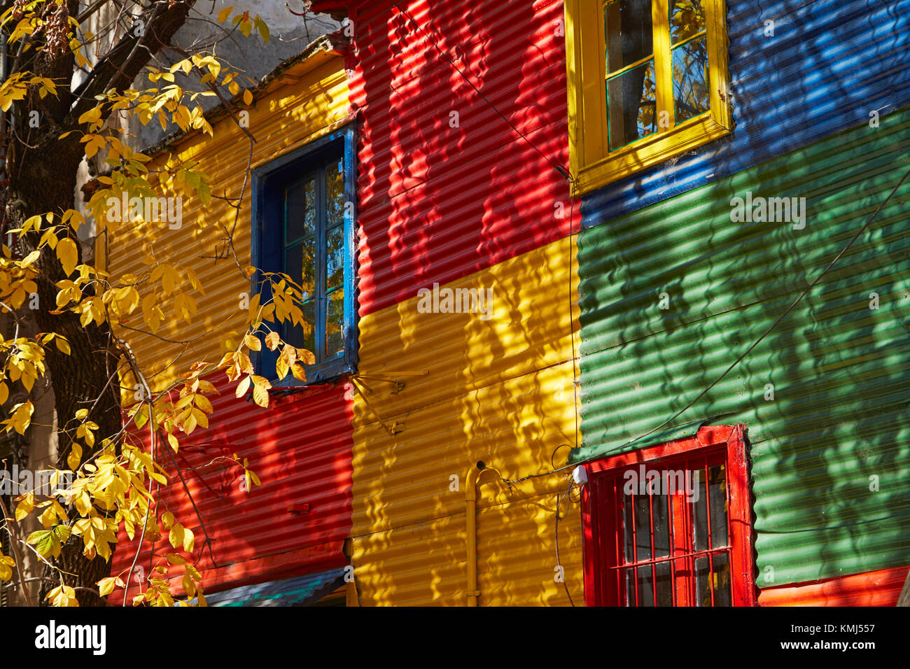 Colourful corrugated iron buildings, La Boca, Buenos Aires, Argentina, South America - Stock Image