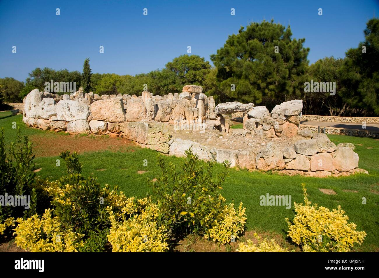 Binaparratxet Petit. Archeologic site from about 9th century B. C. Mahon airport, situated at the south departure - Stock Image