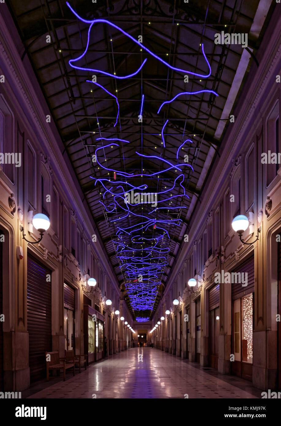 Torino, Italy. Luci d'artista (Artist Lights). Artwork: L'energia che unisce si espande nel blu, Marco Gastini - Stock Image