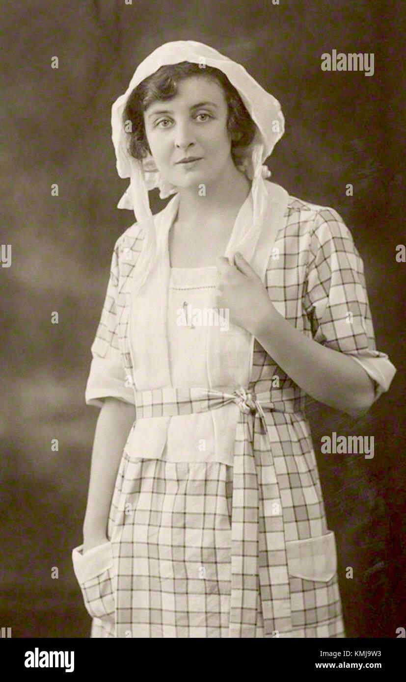 Suzie Plakson images