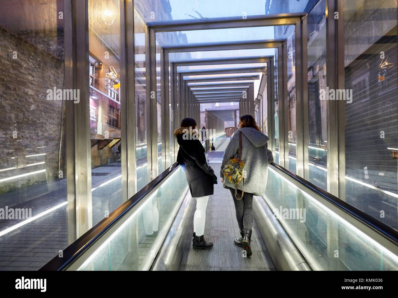 Moving walkway connecting old town with the city, Vitoria-Gasteiz, Araba, Basque Country, Spain, Europe - Stock Image