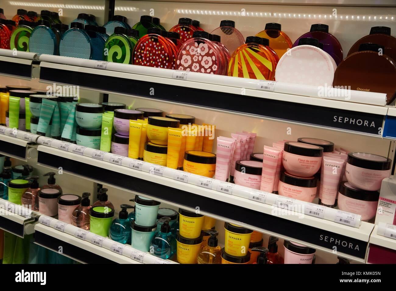 Perfume store, Donostia, San Sebastian, Gipuzkoa, Basque Country, Spain, Europe - Stock Image