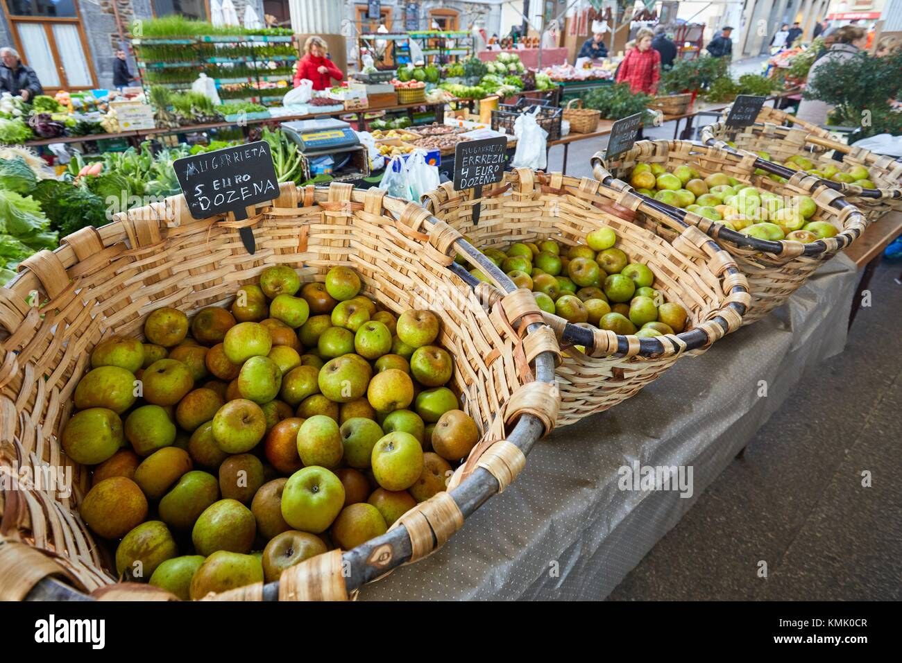 Apple Reineta, Ordizia Market, Special Christmas market, Ordizia, Gipuzkoa, Basque Country, Spain, Europe - Stock Image