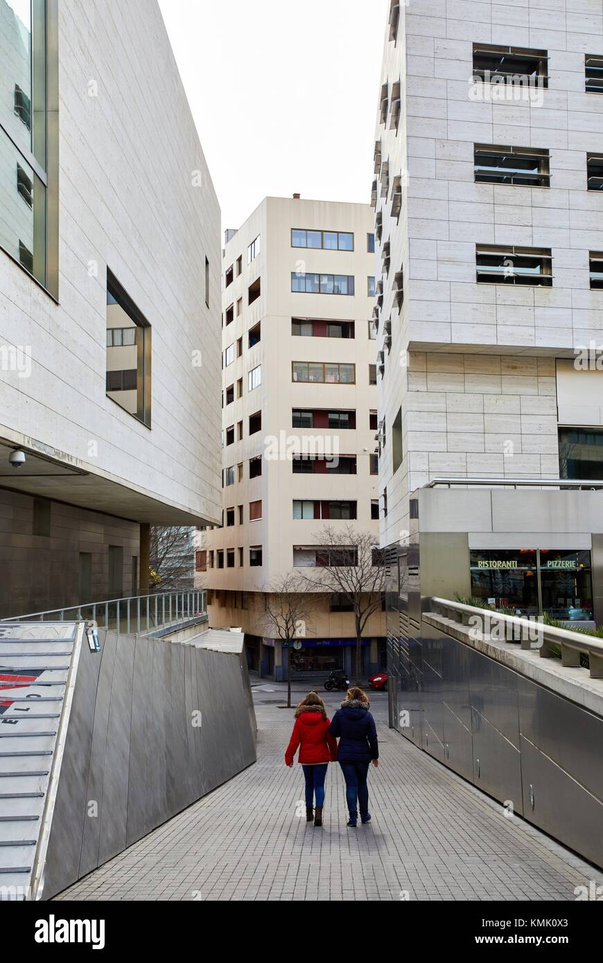 L'illa Mall, Avinguda Diagonal, Barcelona, Catalonia, Spain Stock Photo